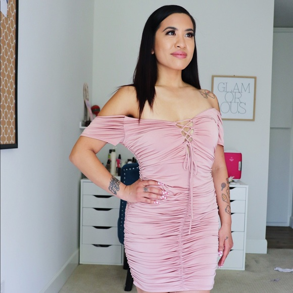 Dresses & Skirts - NEW Shirred Pink Party Dress